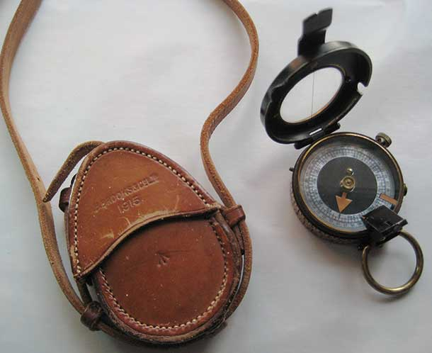 1915 Army Compass